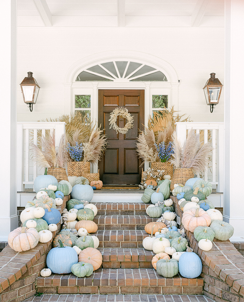 Lowcountry holiday porch decorations